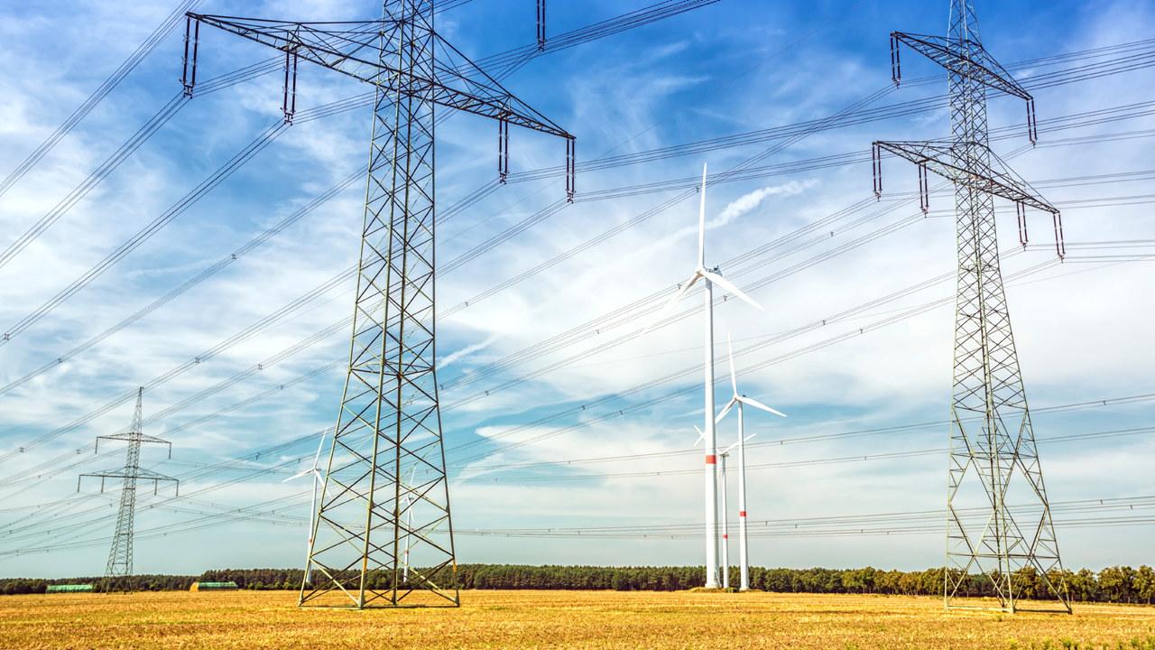 vindmøller og kraftmaster
