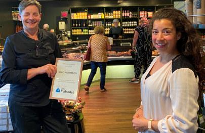- Vi gratulerer Anni og hennes dyktige ansatte har skapt en solid bedrift ut av et nisjeprodukt som har utviklet seg positivt både med restaurantdrift, utsalg og et konsept i Mathallen i Oslo, sier NHO-rådgiver Linn Alicia Slora Kristiansen.
