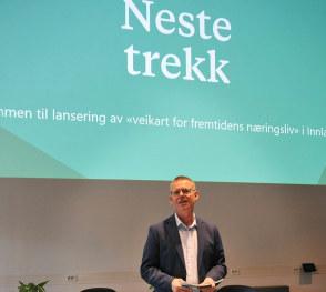 I NHO vet vi at bedriftene har løsningene. Veikart lanseringen nylig på NTNU Gjøvik med Alpinco, Intek Engineering, Norwegian Wood Cluster og EON Reality viste at de gode bedriftseksemplene er modne og fruktbare.