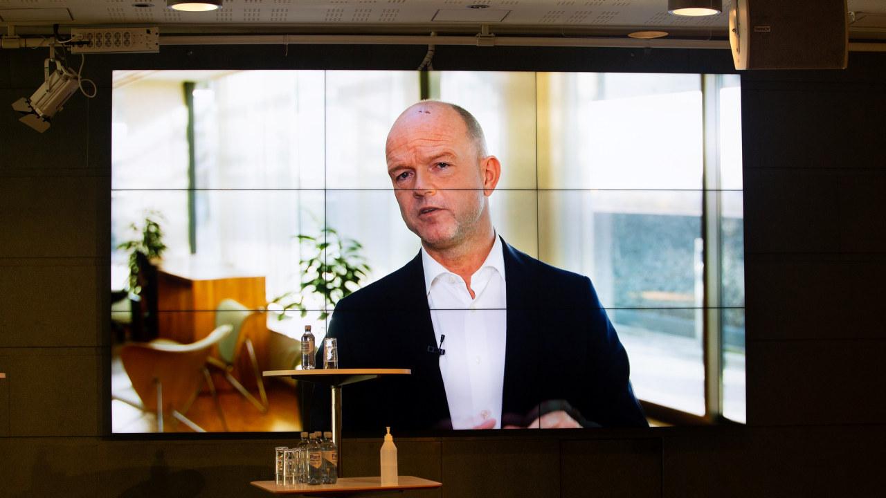 NHO sjef Ole Erik Almlid på skjermoverføring til medlemsmøte om Korona.