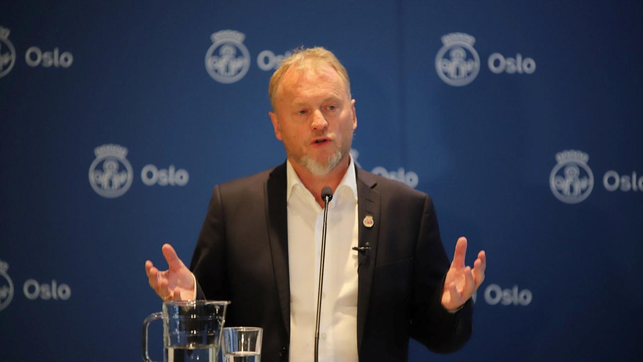 Skjermbilde fra Oslo kommunes direktesendte pressekonferanse 8. oktober 2020.