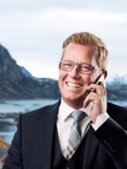 Bilde av hotelldirektør Erik Taraldsen ved Thon Hotell Lofoten i Svolvær.
