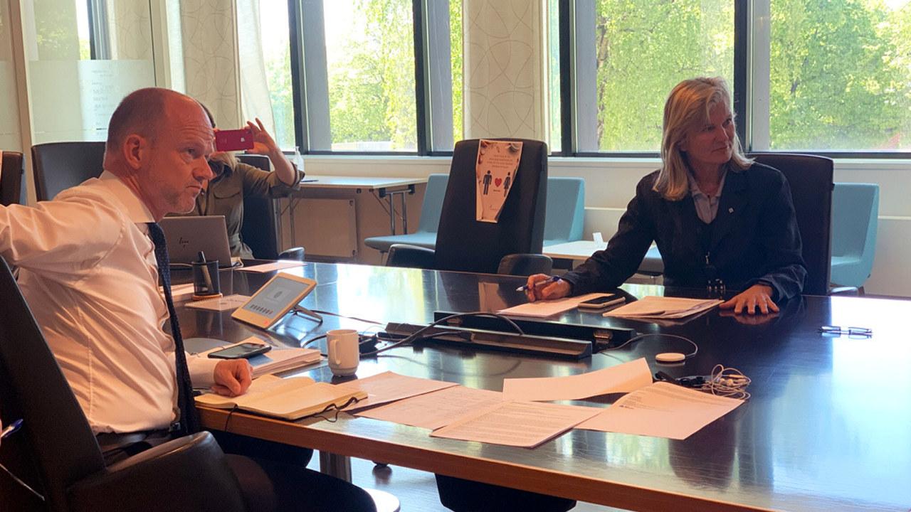 Kristin Krohn Devold og Ole Erik Almlid i et webinar med medlemmer i juni 2020.