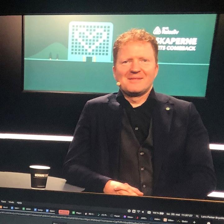 Sigbjørn Gjeldsvik på NHO Reiselivs årskonferanse 2021